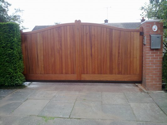 Gallery Sliding And Swinging Driveway Gates The